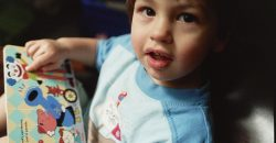 Négy éves kisfiamnak sajnos megmaradtak a primitív reflexei, ezt nemrégiben szakemberek fedezték fel. Hogyan lehet leépíteni ezeket, ha nincs rájuk szükség a fejlődéshez?