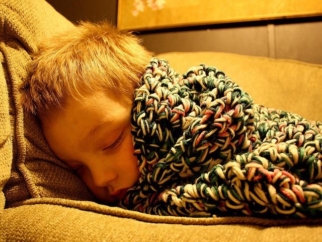 Kapcsoljunk-e lámpát a gyermeknél elalváshoz?